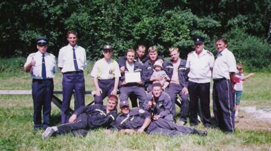 Okrsková soutěž Křešín r. 2003